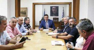 Υπόμνημα με προτάσεις παρέδωσε η ΠΟΕΔΗΝ στον Β. Κικίλια, κατά τη συνάντησή τους στο Υπουργείο