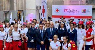 Από το κτήριο του Ελληνικού Ερυθρού Σταυρού ξεκίνησε φέτος το ταξίδι της η «Φλόγα της Αγάπης»
