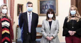 Συμβολικός εμβολιασμός της Προέδρου της Δημοκρατίας για γρίπη και πνευμονιόκοκκο